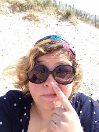 aka la mouche dans l'histoire du soir mais pas que !!! Marine Blouson c'est aussi ma SUPER coPIPIne avec qui je collabore pour AMÉLIorier le ONE MAMAN SHOW (enfin quand elle se met pas le doigt dans le nez sur une plage ensoleillée ;-)
