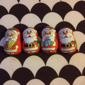 4 cHOHOHOcolats